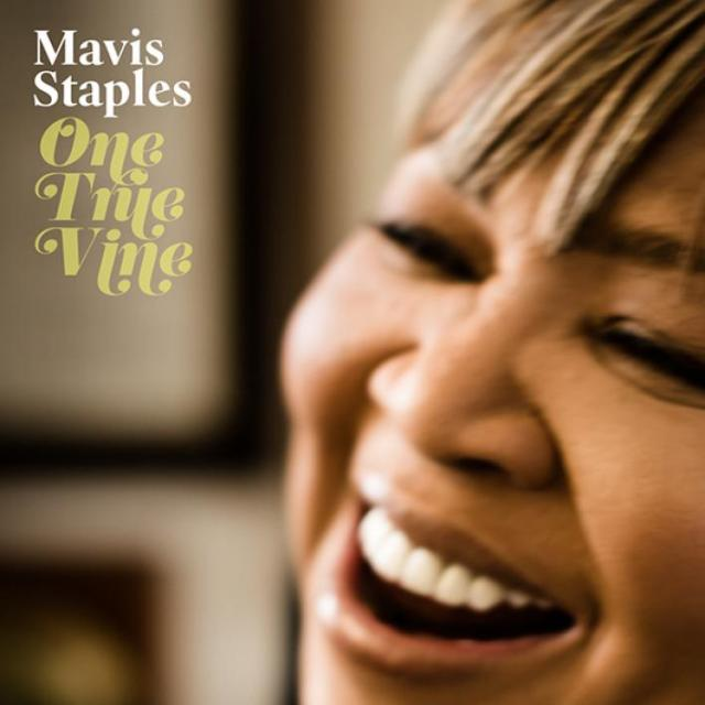 20130612_one-true-vine-mavis-staples_91